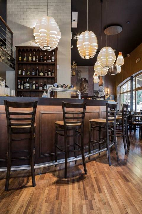 grimbergen_-_glow_wooden_lamps_in_brussels_bar_cafe__4_1534883171.jpg