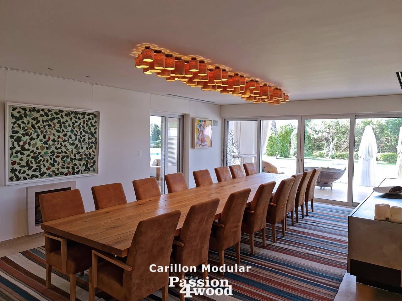 exclusive design light above table