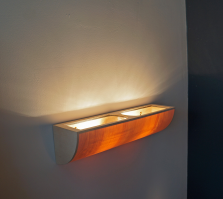 Uplight wall lamp in maple wood top view